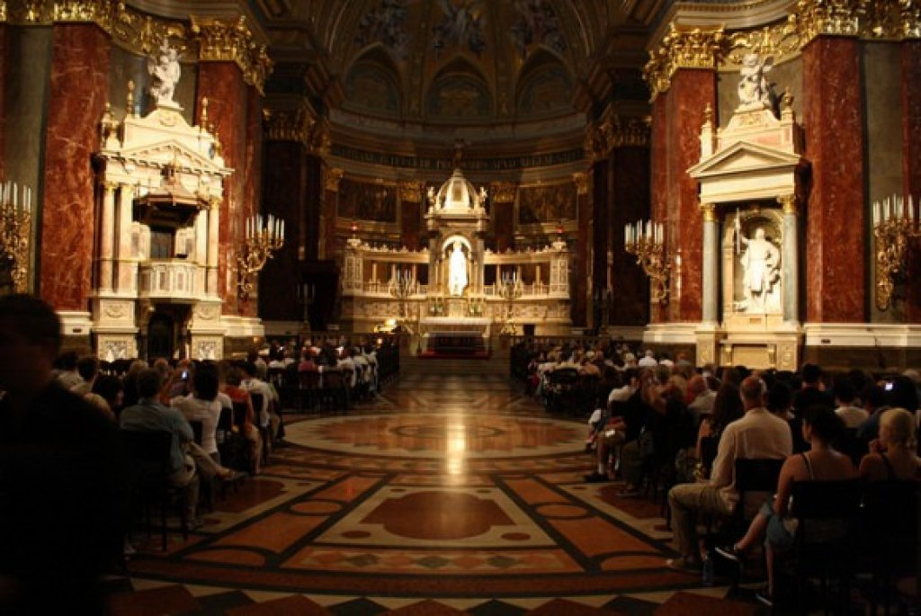 Organ Concert in the Budapest St. Stephan Basilica