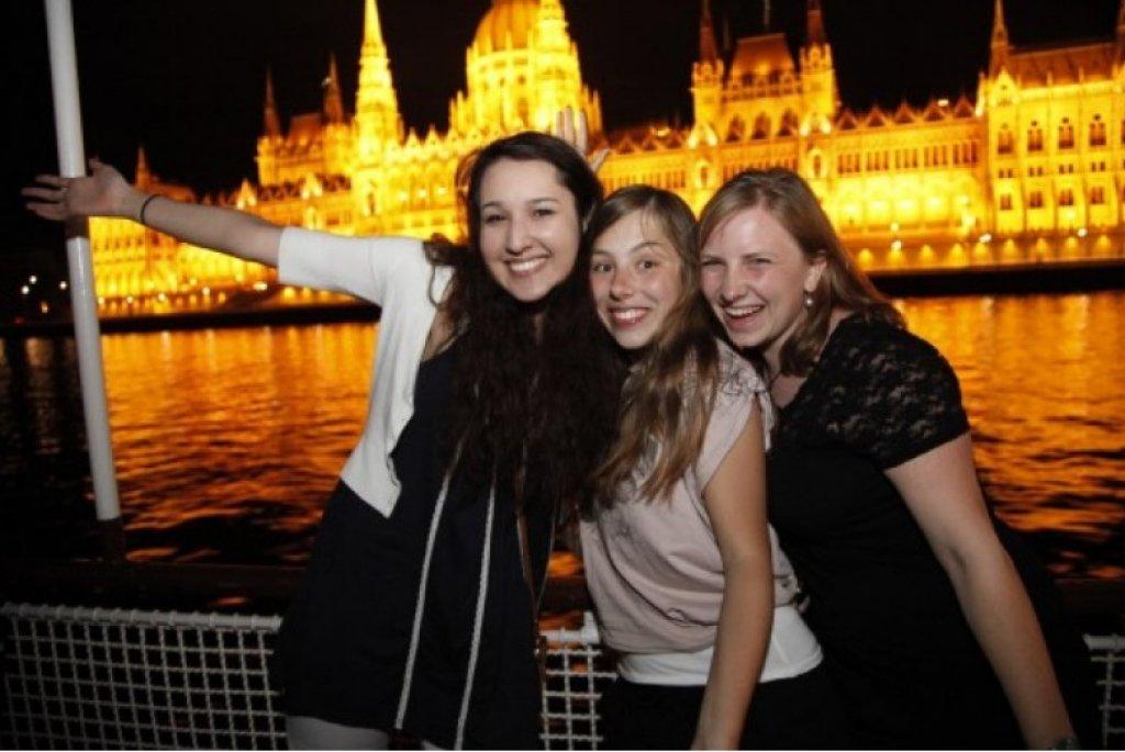 Party & sétahajózás a Dunán