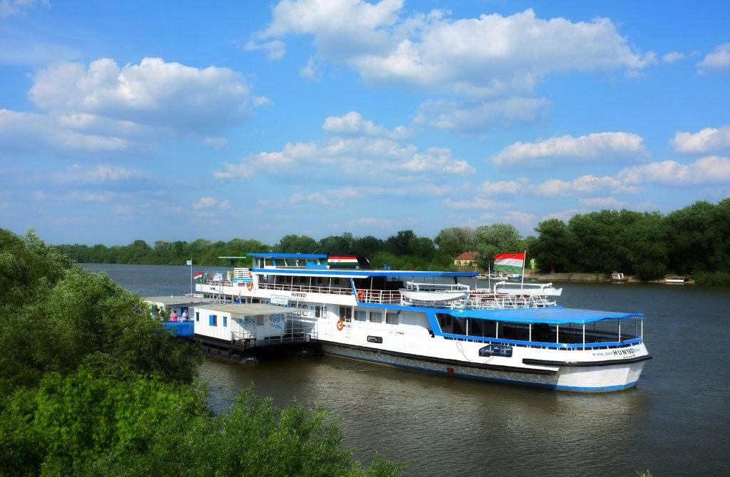 Danube Taxi to Szentendre