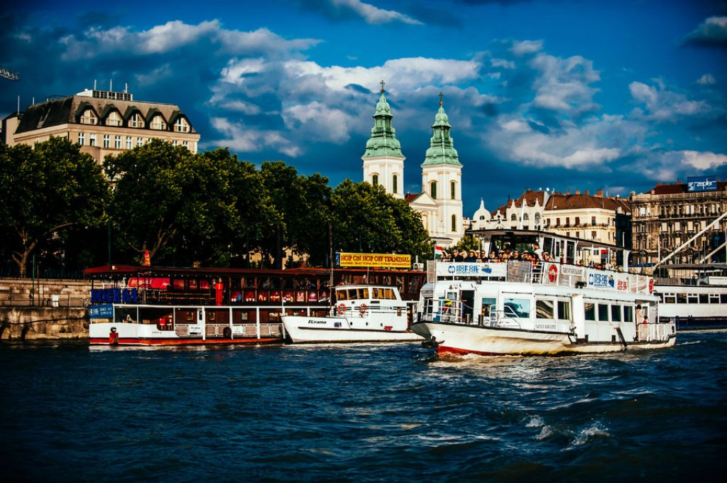 Drink & Cruise Budapest