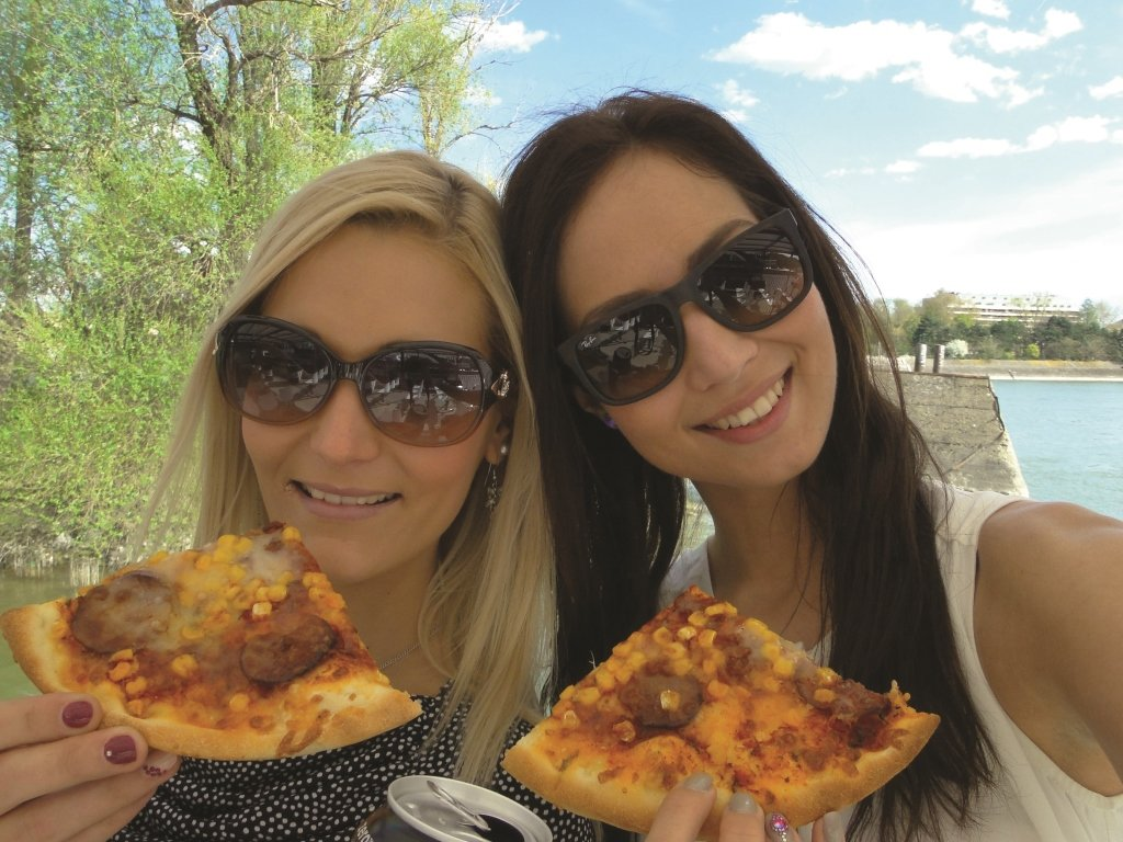 Pizza & Beer Cruise in Budapest