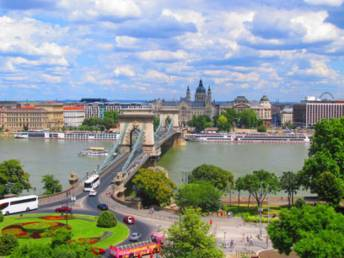 EUROPEAN TOUR: BUDAPEST, VIENNA, BRATISLAVA, PRAGUE